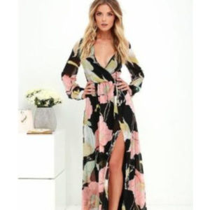 NWT:  Lulu's Wondrous Lilies Maxi Dress